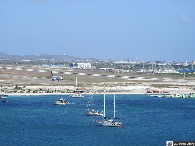 Surfside Beach: Praias de Aruba, Caribe