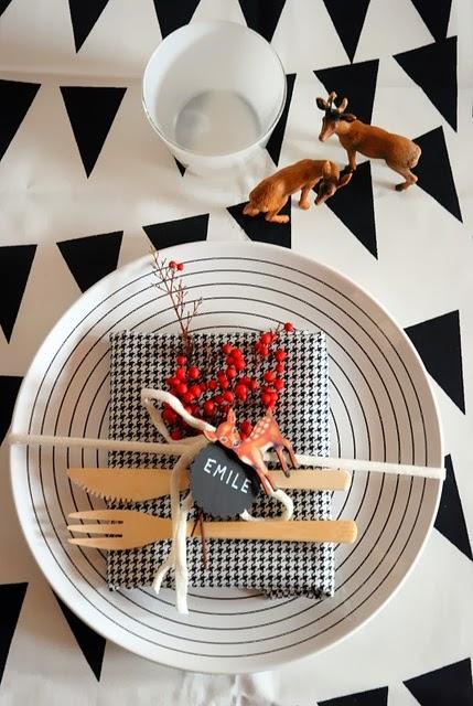 mesa navideña blanco y negro