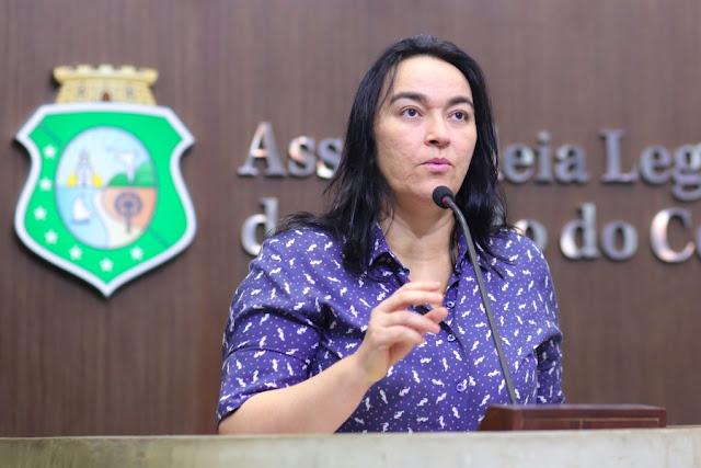 Deputada estadual, Dra. Silvana, comenta votação do STF sobre disciplina de Religião nas escolas