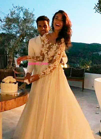 Daniel Alves e Joana Sanz em casamento