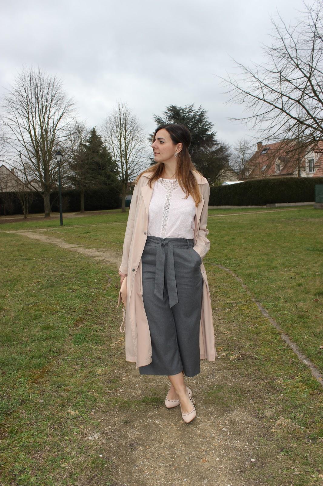 jupe-culotte grise, trench  nude les petites bulles de ma vie