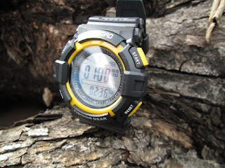 Jam Tangan Outdoor Sunroad FR17A Digital Fishing Barometer