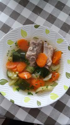 """Travers de porc et ses  légumes; """"Canh xường & rau"""" ;Travers de porc et ses  légumes; """"Canh xường & rau"""""""
