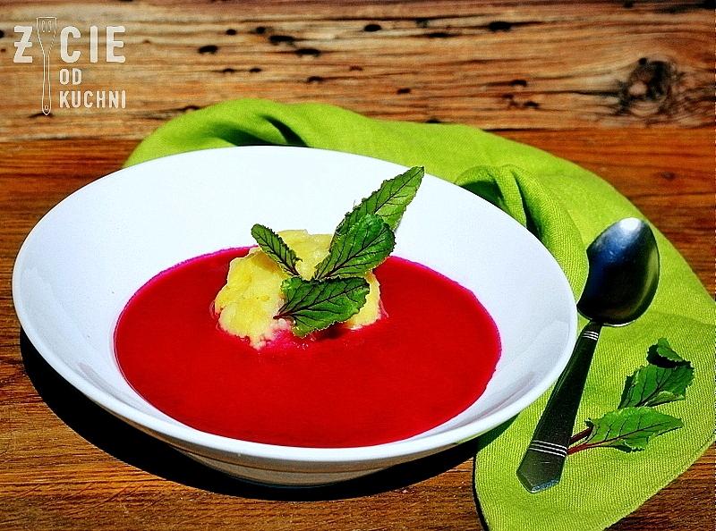 barszcz czerwony, pazdziernik sezonowe owoce pazdziernik sezonowe warzywa, sezonowa kuchnia, pazdziernik, zycie od kuchni