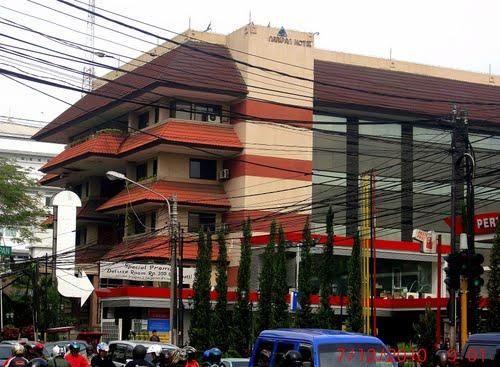 Hotel New Naripan Bandung