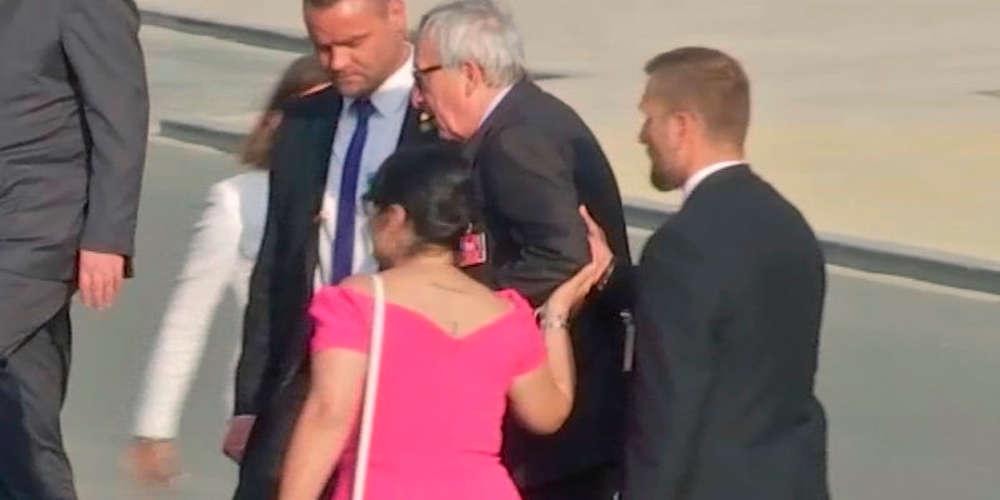 """Δεν μπορούσε να περπατήσει ο Γιούνκερ – Με το ζόρι φωτογραφήθηκε με τους """"ηγέτες"""" του ΝΑΤΟ [βίντεο]"""