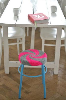 DIY Decoração - Capa Para Banquinho Redondo em Croche Com Barbante - Gráficos e Sugestões 38