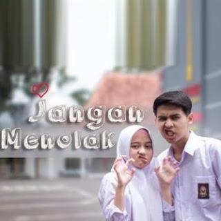 Download Lagu MP3 Video Putih Abu Abu - Jangan Menolak (Cover Karin,Jusman)