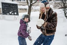 Manfaat Bermain Wahana Salju Buatan