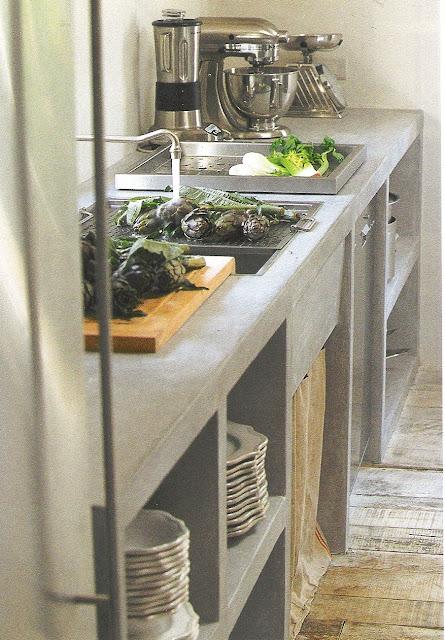 Côté Sud Dec 03-Jan 04 stone counter, artichokes edited by lb for (l&l)