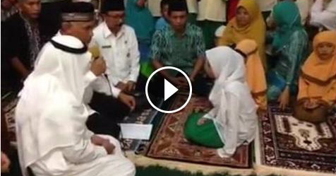 VIDEO: Meski Baru SD, Dua Bocah Ini Mantap Masuk Islam Di Bawah Bimbingan Walikota Padang