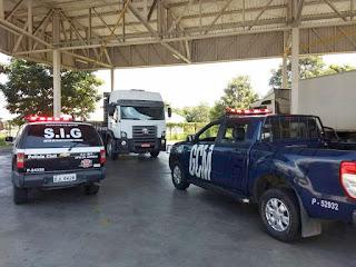 Ação da Polícia Civil e Guarda Civil de Amparo prende indivíduo em flagrante e recupera caminhão