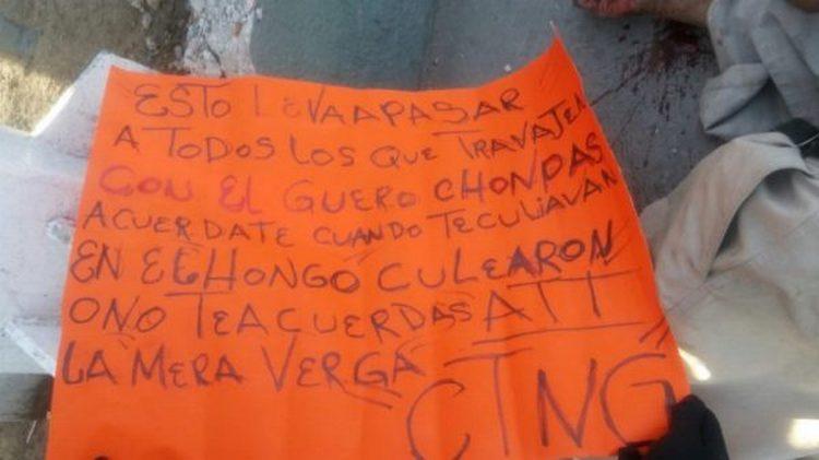 Sicarios del CTNG dejan a dos hombres ejecutados junto a narcomensaje en Tijuana.