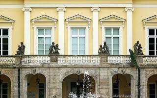 http://fotobabij.blogspot.com/2016/03/paac-czartoryskich-w-puawach-balkon.html