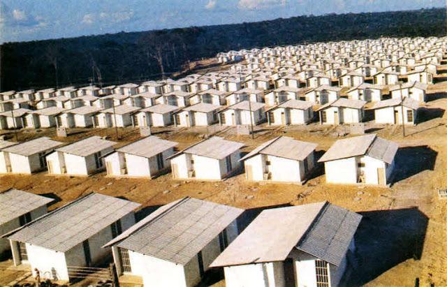 Habitações populares num bairro moderno, Manaus, o conjunto residencial Manoa II