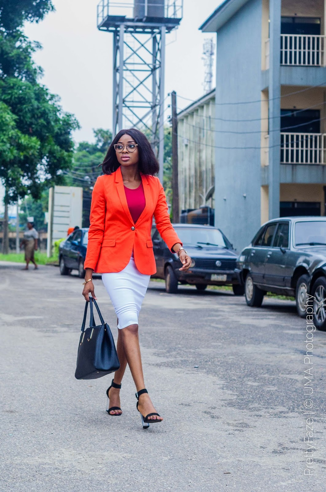 Work Chic Outfits, Outfit ideas for the office, blazer outfits, blazer looks, orange blazer, bright color for the office