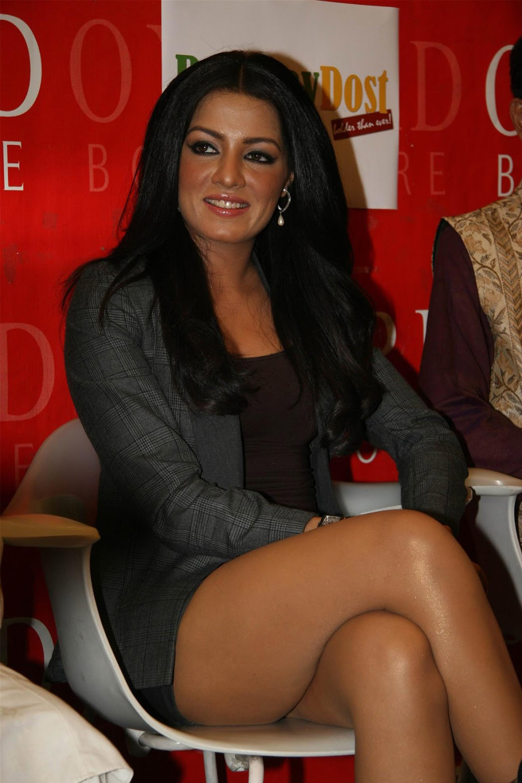 image Bollywood actress wardrobe malfunction