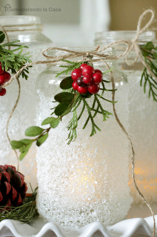 An inexpensive table centerpiece for Christmas.