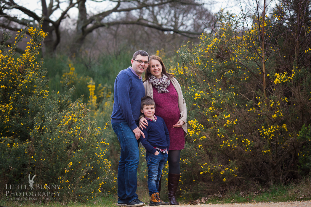Lifestyle maternity photo shoot in East London and West Essex