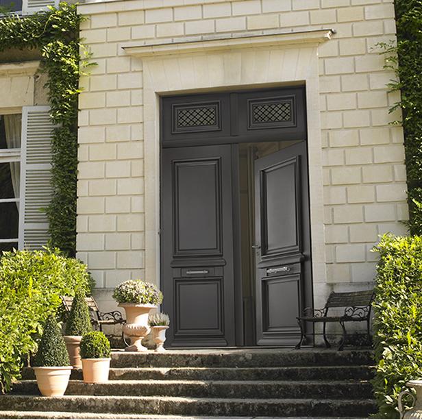 Adapter sa porte d 39 entr e au style de sa maison for Porte double battant exterieur occasion