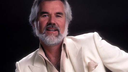 Interview: Kenny Rogers Reflects on Career, Crossover Success