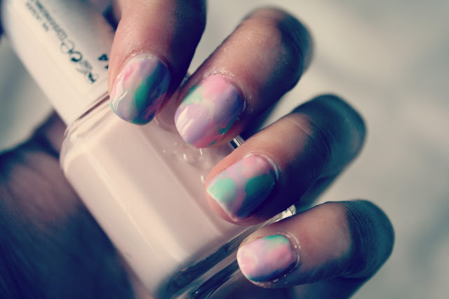 How-to-marble-nail-art-no-water-tutorial-step-by-step-easy-blog-post