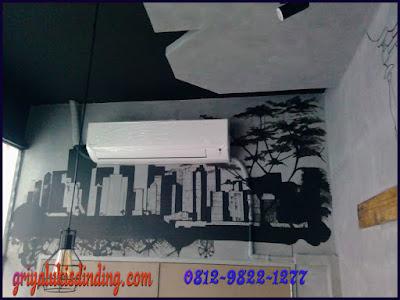 Seni mural lukis dinding cafe mantab