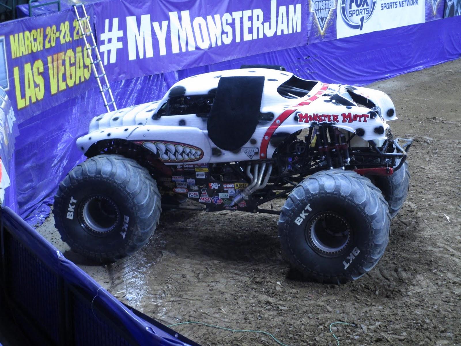 Monster Jam - Шоу машин-монстров