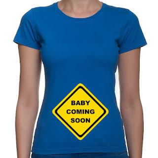 koszulka z nadrukiem dla ciężarnej