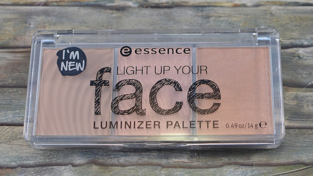 Essence light up your face luminizer Palette 10 ready set glow