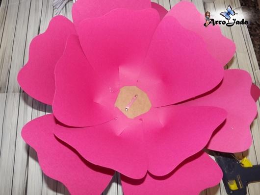 Flores gigantes de papel faça você mesma