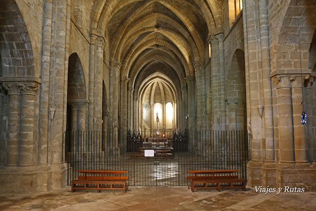 Iglesia de Santa María del Monasterio de la Oliva, Navarra