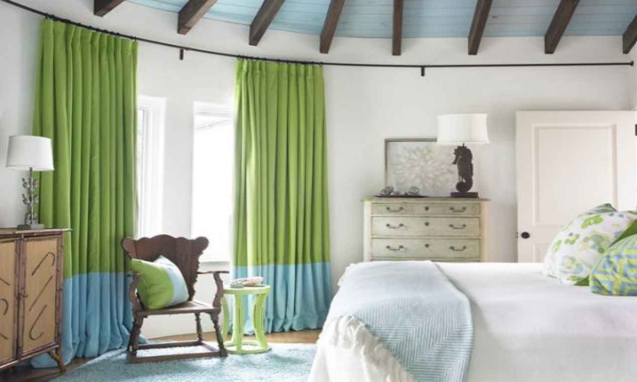 Green curtain for living room design ideas modern house pictures - Sitting room curtain decoration ...