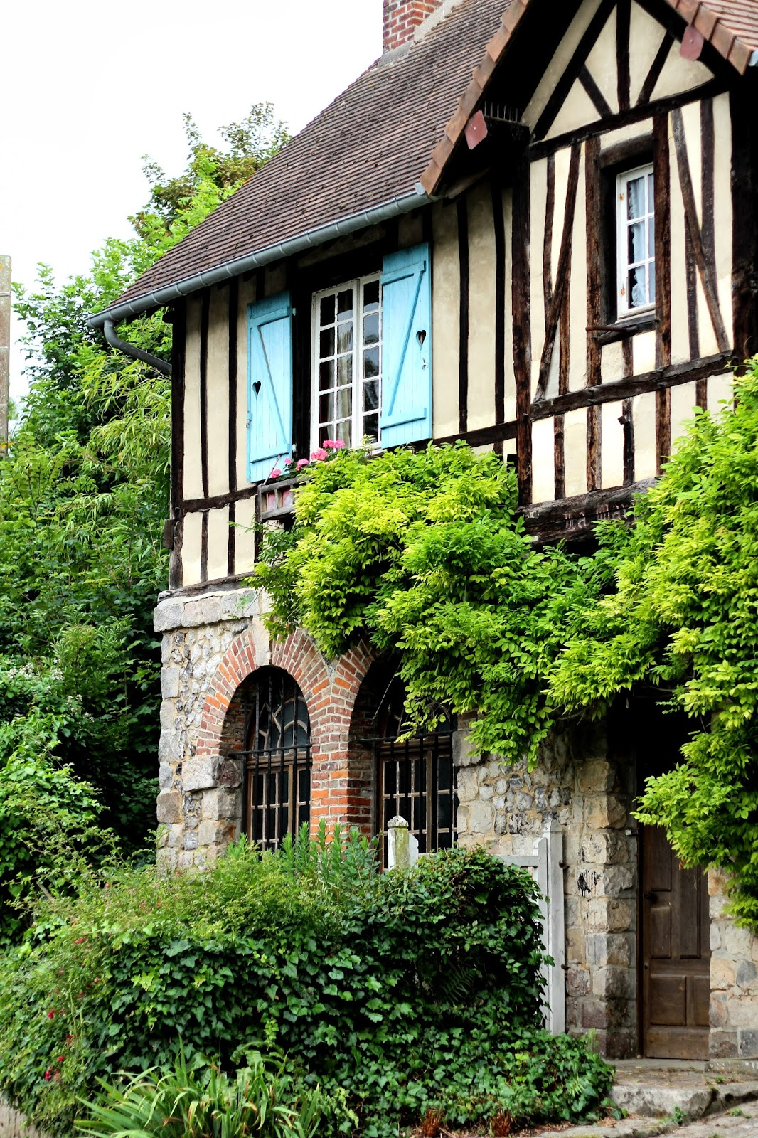 1000 Images About Tudor Style Architecture And Details On