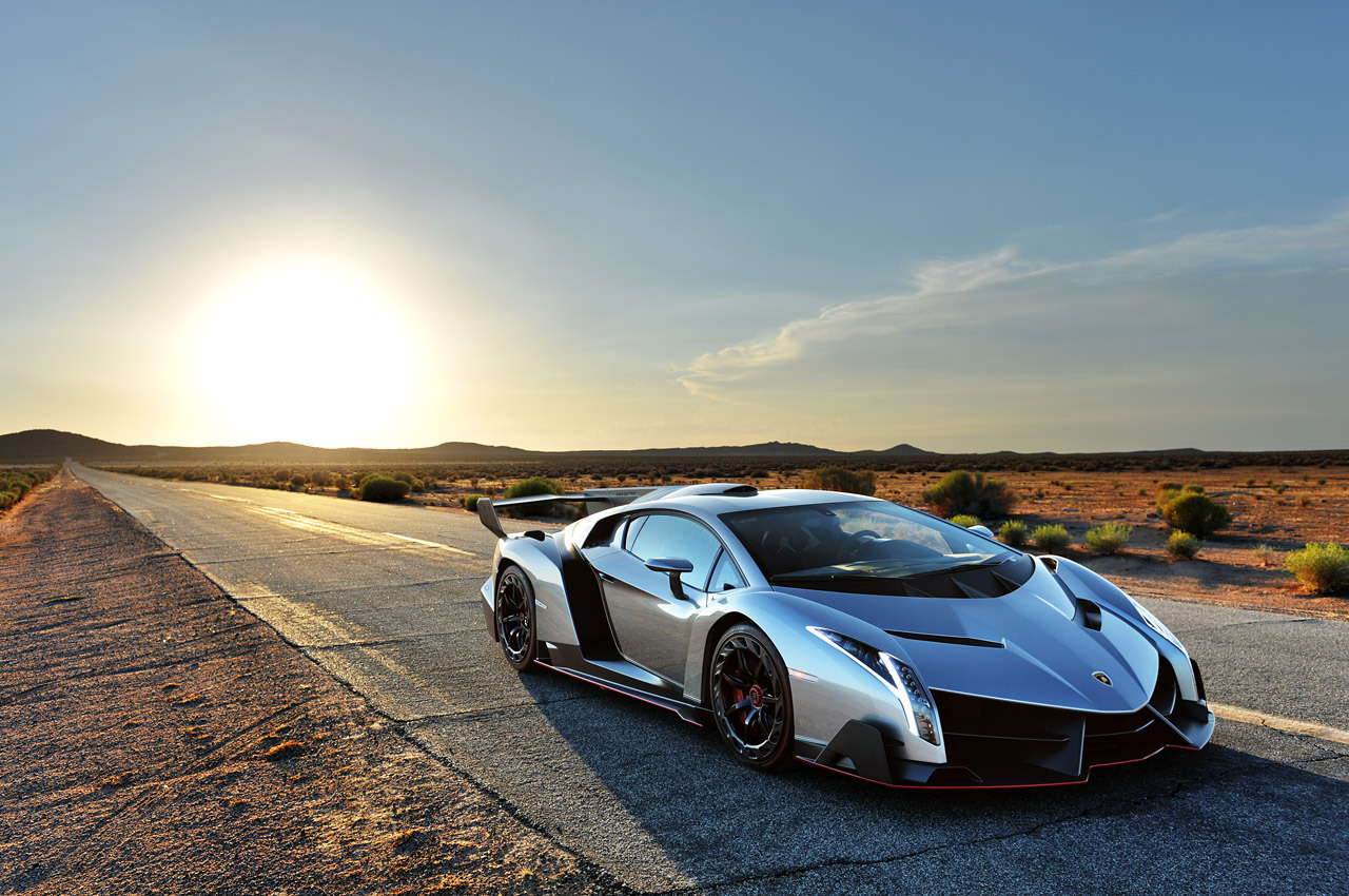 © Automotiveblogz: Lamborghini Veneno Photos