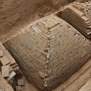 Неожиданная находка: в Китае раскопали древнюю пирамиду