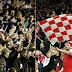 CĐV Tottenham đập phá tanh bành nhà vệ sinh sân Emirates