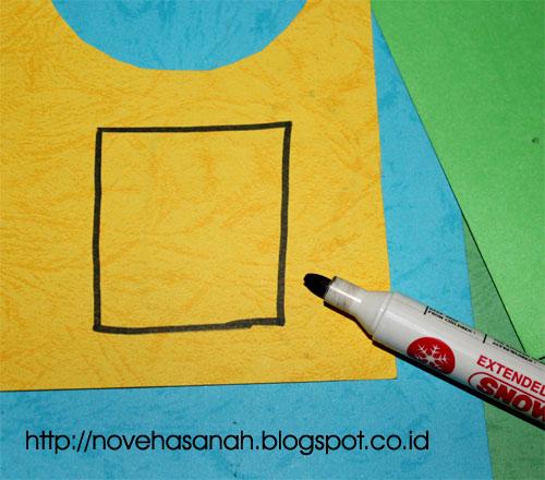 cara pertama dalam menggambar t-shirt yang mudah adalah dengan membuat gambar persegi panjang untuk bagian badan t-shirt