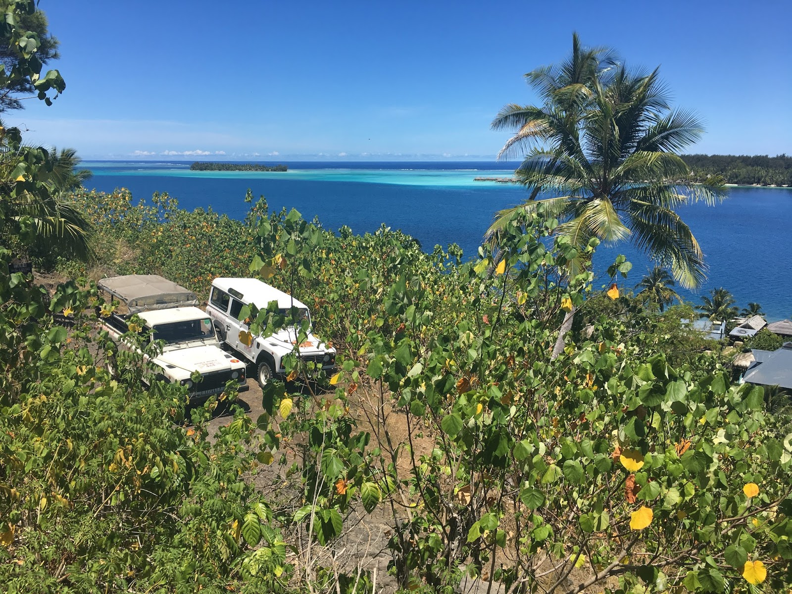 Bora Bora jeep safari tour
