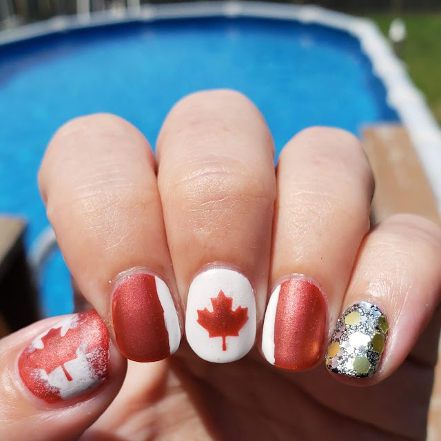 canadian flag nails, maple leaf flag nails