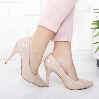 Pantofi Zrina nude cu toc inalt de ocazii din piele eco