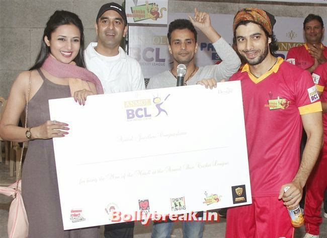 Sharad Malhotra, Krystle D'Souza, Mandira Bedi at BCL Inaugural Match