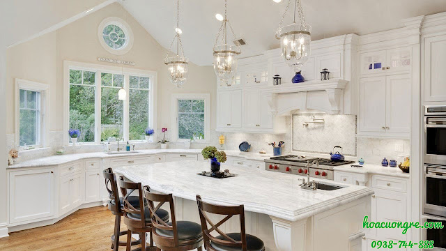đá mặt bếp màu trắng
