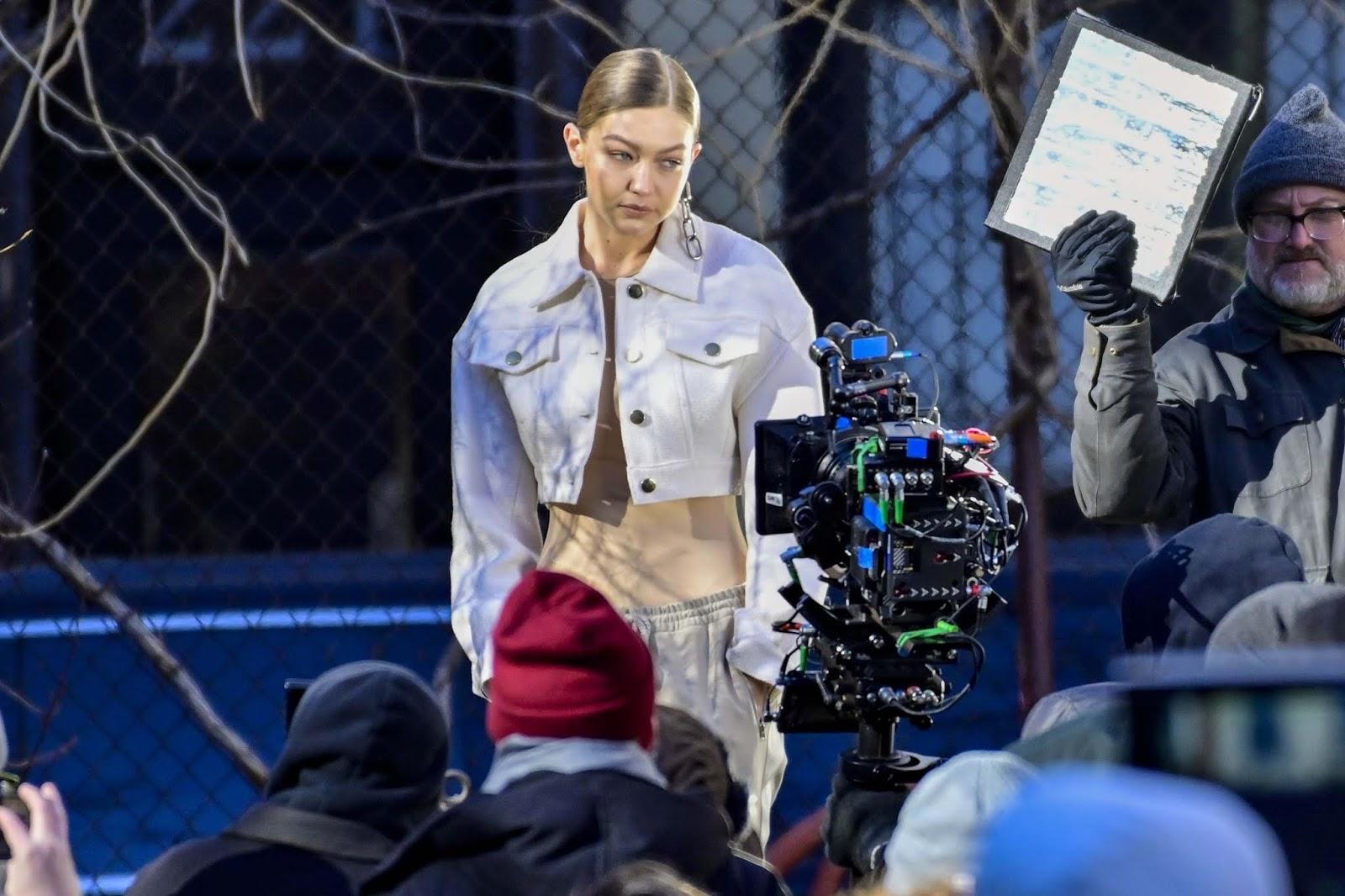 Gigi Hadid doing a photoshoot in NYC - 01/11/2019