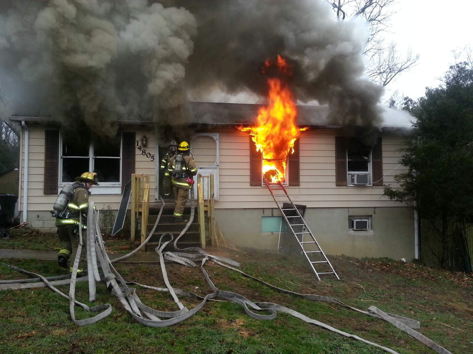 prince george s county fire ems department accokeek house fire  conditions on arrival had fire and heavy smoke coming from the house