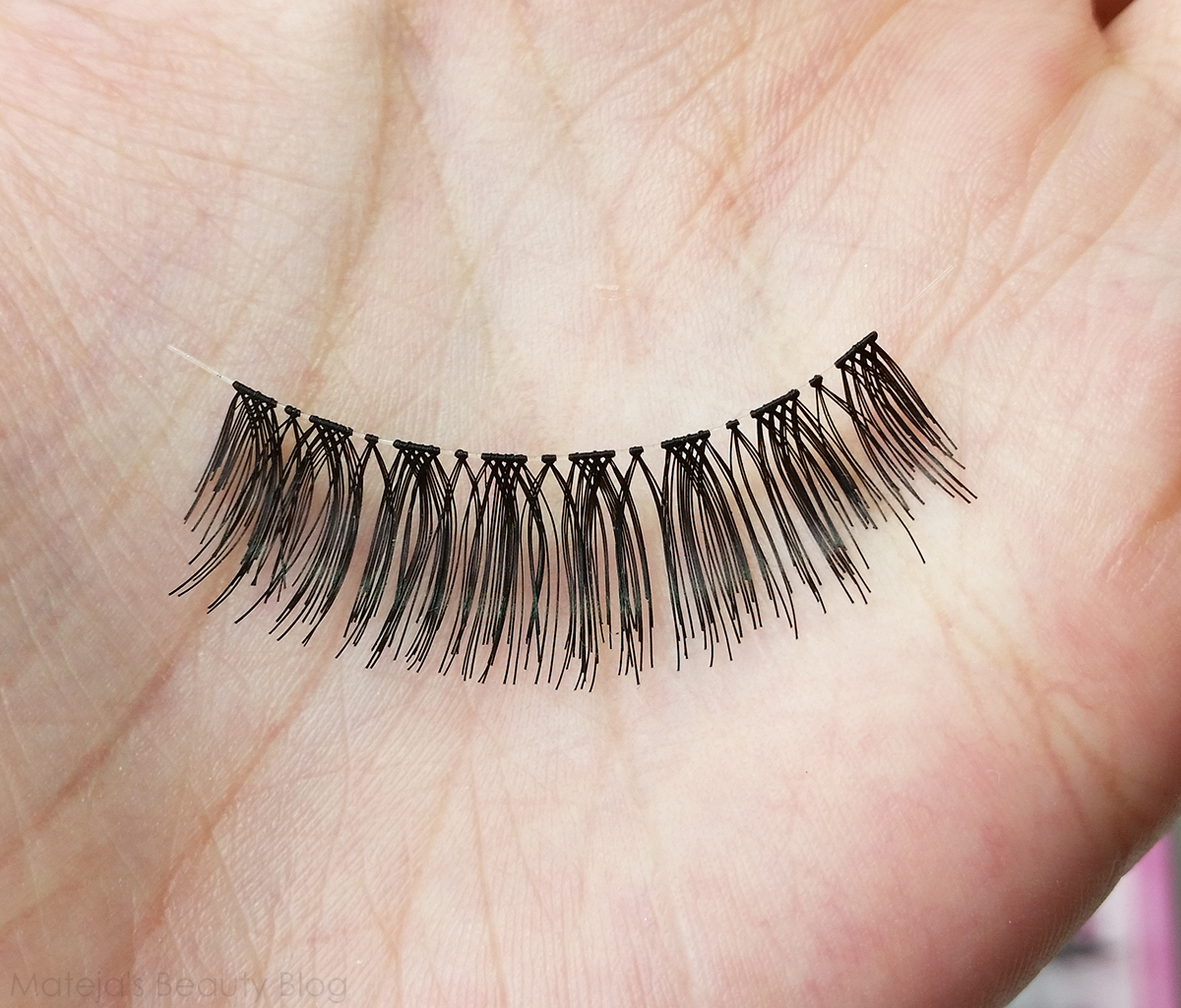 89a3707a0d3 ... lashes, but I still like to wear one (I'm not wearing liner in any of  the pictures). I can feel these on the eyes, which is not surprising  considering ...