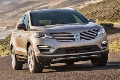 Lincoln MKX SUV front headlight