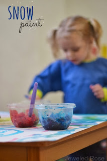 Paint WITH Snow- what a fun activity for the kids and a creative way to play with snow indoors.  {Kids can make the snow paint themselves, too}