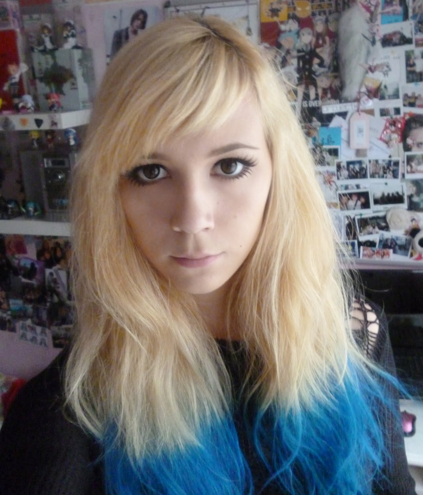 Blonde Hair Dye Turned Blue Welcome To The Madness Blue Dip Dye