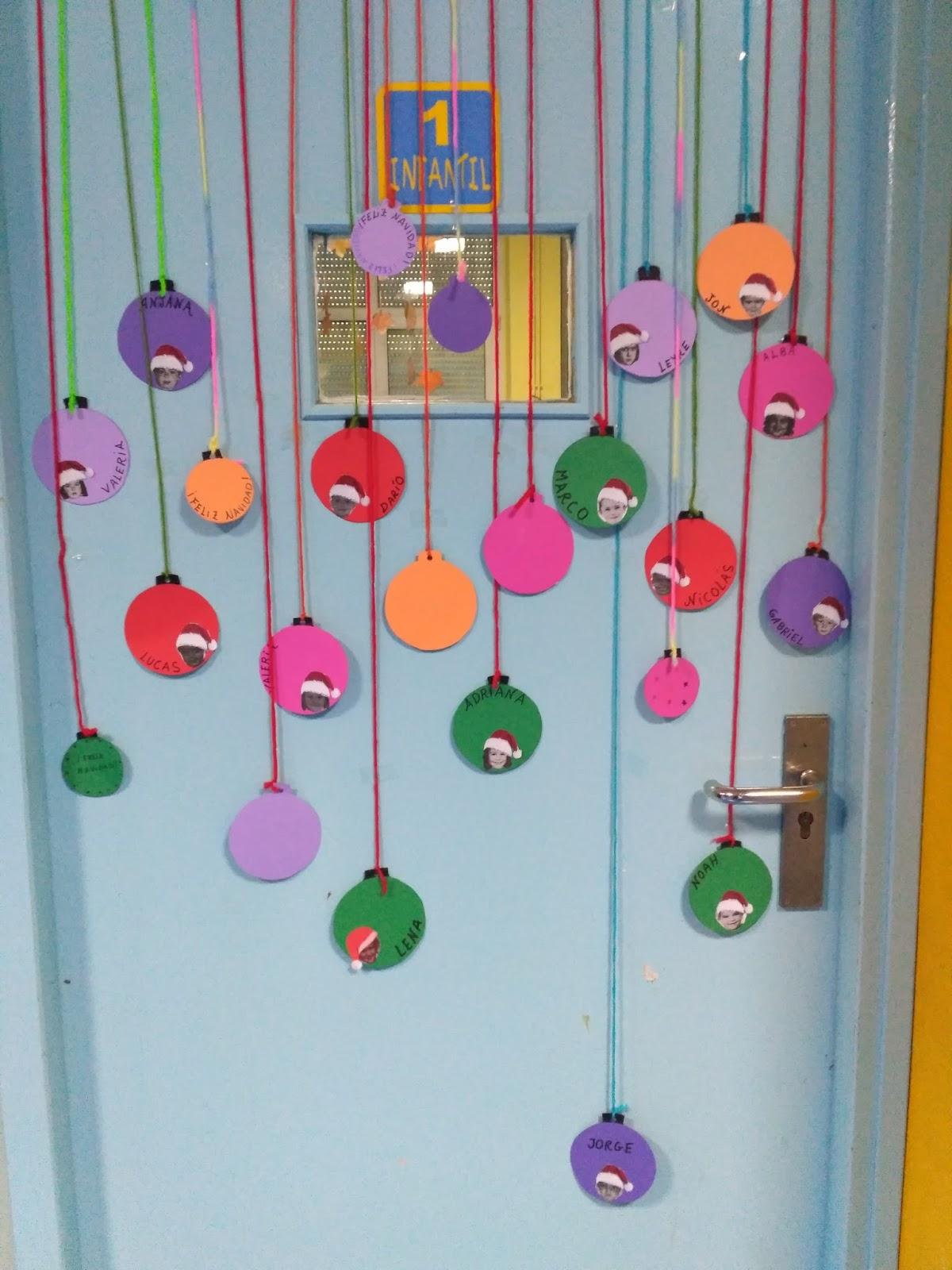 Manualidades del colegio el salvador puertas navide as iv for Decoracion para puertas de preescolar